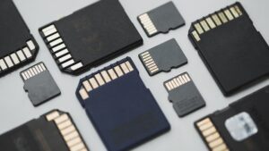 How to pick the best microSD card for Android phone 2
